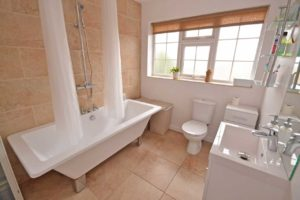 wakefield-estate-agents-6-bathrooms-you'll-love